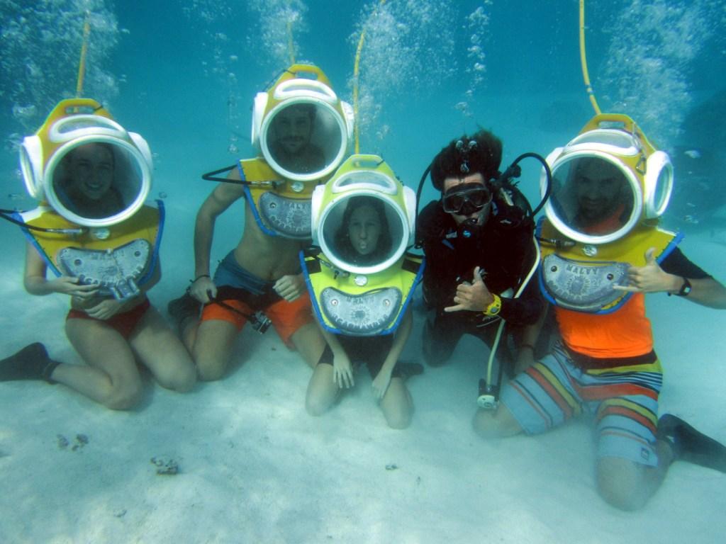 https://tahititourisme.it/wp-content/uploads/2017/08/ACTIVITES-NAUTIQUES-Aquablue-2.jpg