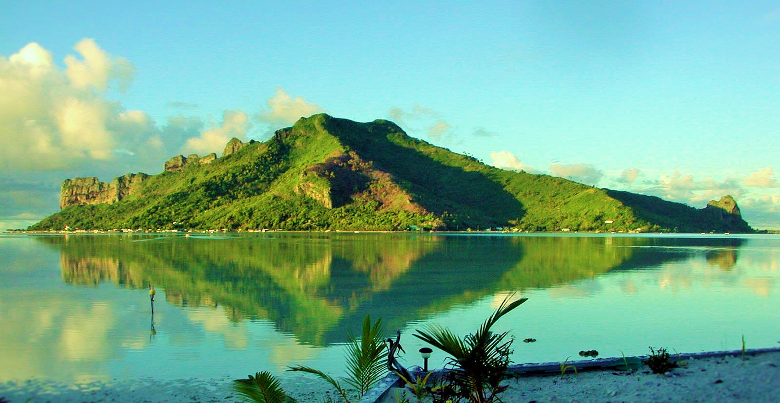 https://tahititourisme.it/wp-content/uploads/2017/08/Couverture-1-46.jpg
