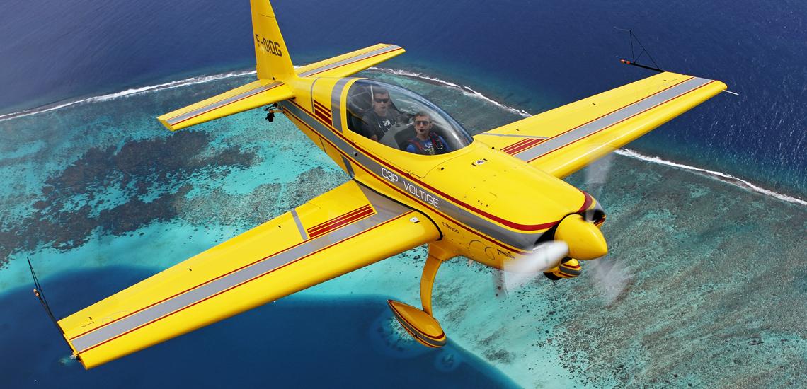 https://tahititourisme.it/wp-content/uploads/2017/08/Extra-200-Aerobatic-Flight-©-C3P.PF_.jpg