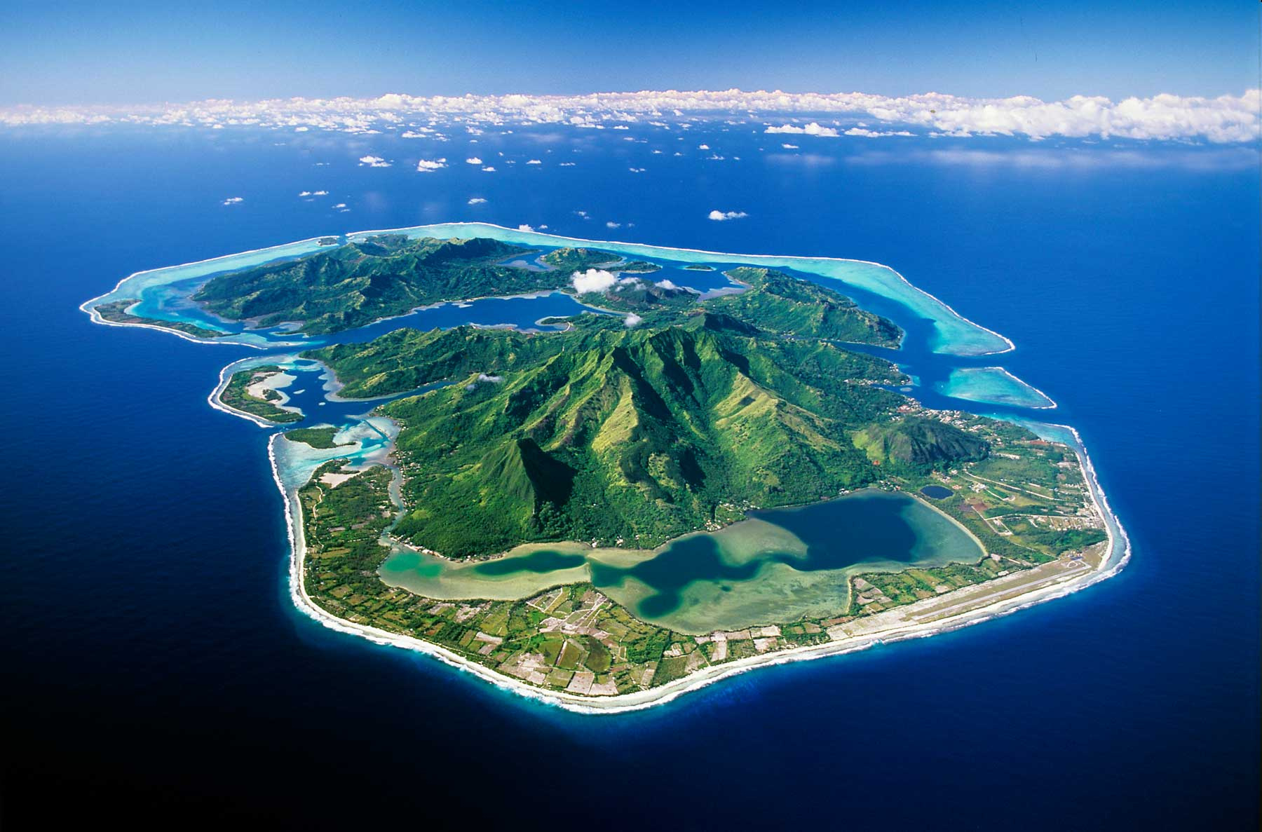https://tahititourisme.it/wp-content/uploads/2018/01/huahine-societe-aerial©P_Bacchet.jpg