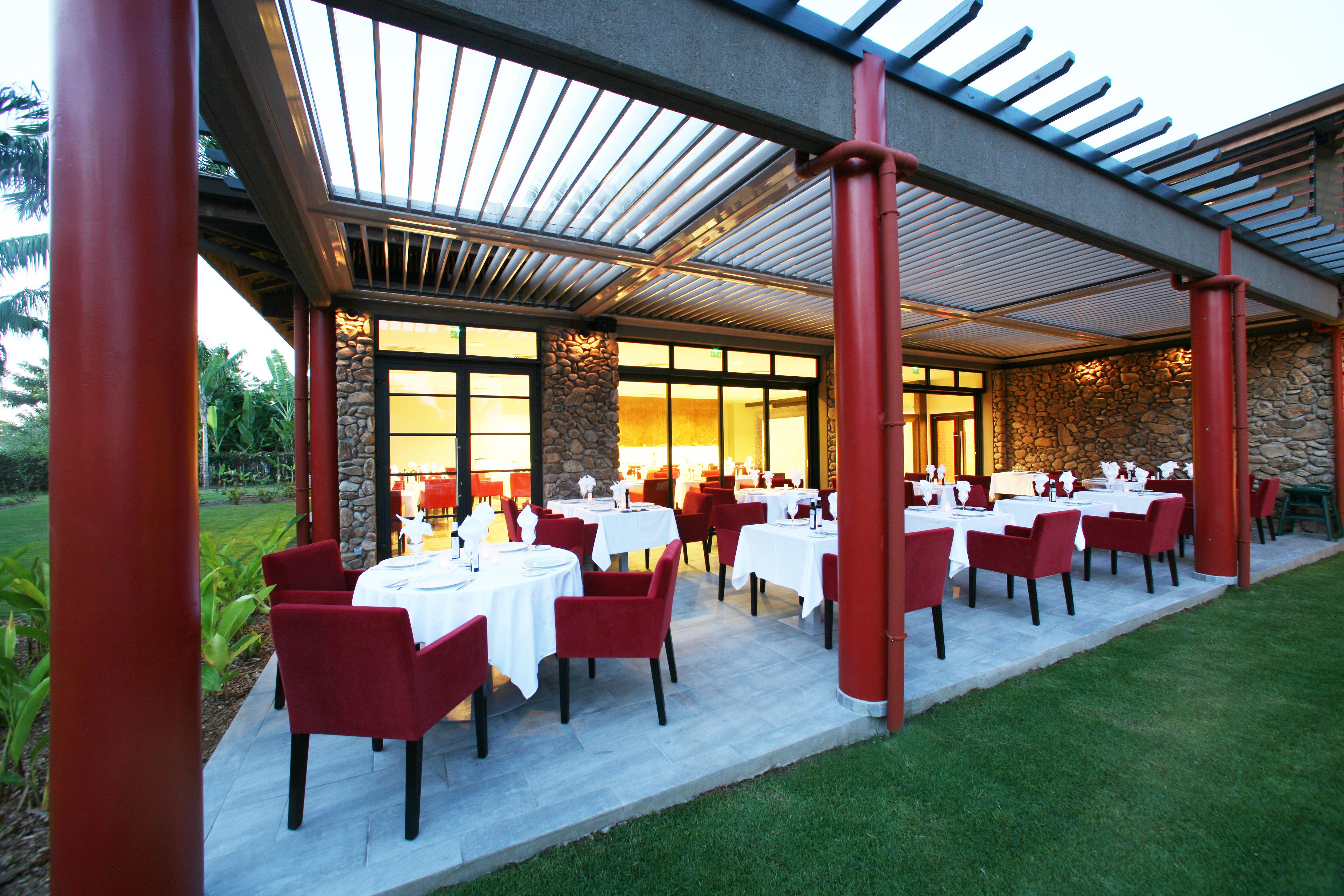 https://tahititourisme.it/wp-content/uploads/2018/03/RESTAURATION-Vaitohi-Restaurant-1.jpg