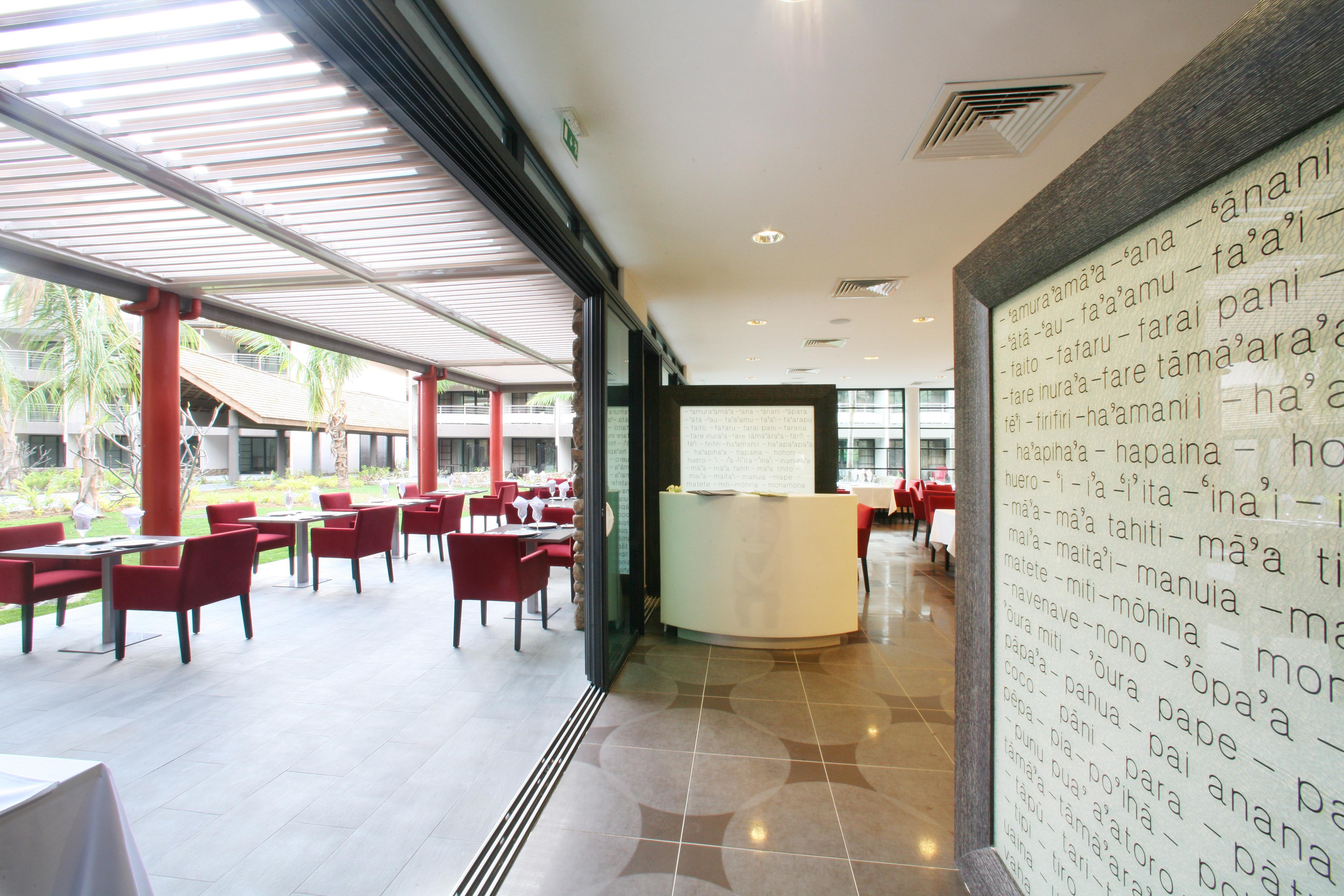 https://tahititourisme.it/wp-content/uploads/2018/03/RESTAURATION-Vaitohi-Restaurant-3.jpg