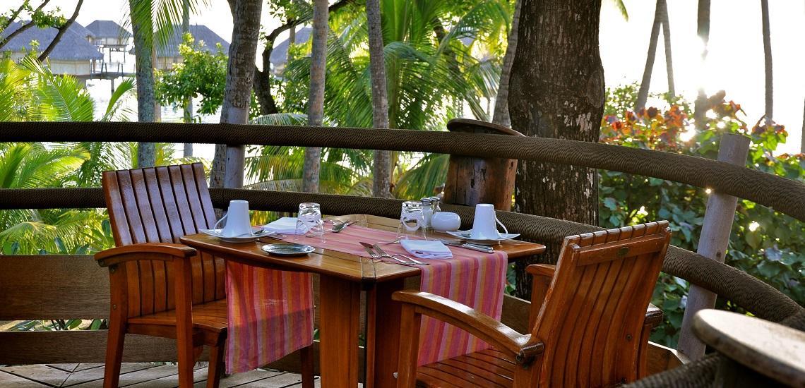 https://tahititourisme.it/wp-content/uploads/2018/11/Le-Vanille-Restaurant.jpg
