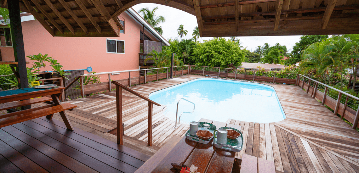 https://tahititourisme.it/wp-content/uploads/2019/03/boraboraholidayslodge_1140x550-min.png