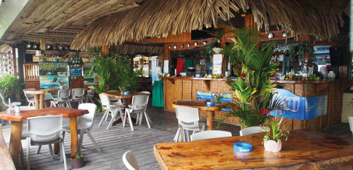https://tahititourisme.it/wp-content/uploads/2019/06/HUAHINE-YACHT-CLUB1140x550px.jpg