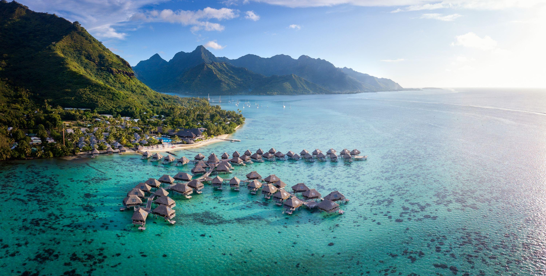 https://tahititourisme.it/wp-content/uploads/2019/06/Resort-Exterior.jpg
